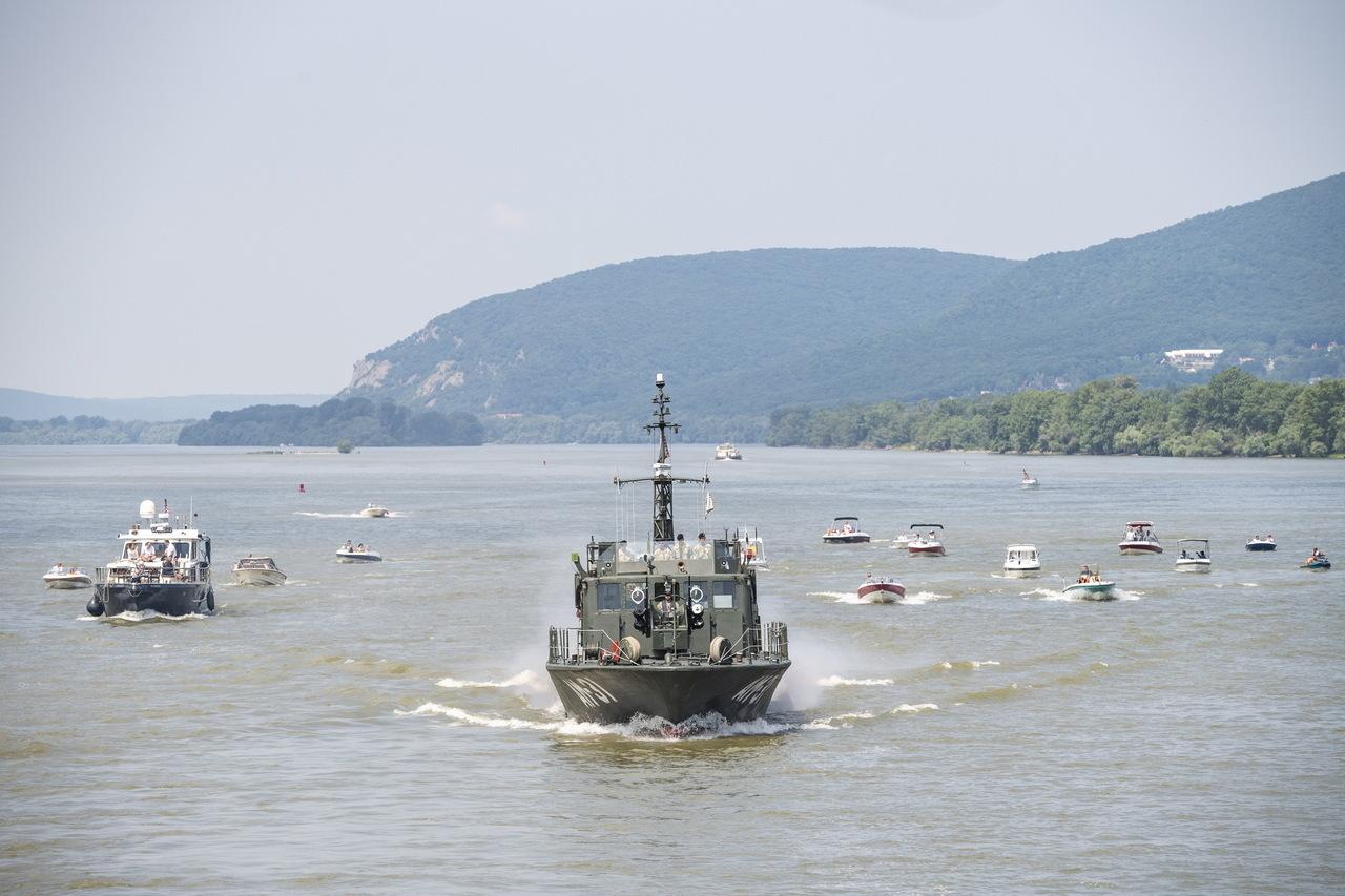 hajók Dunakanyar