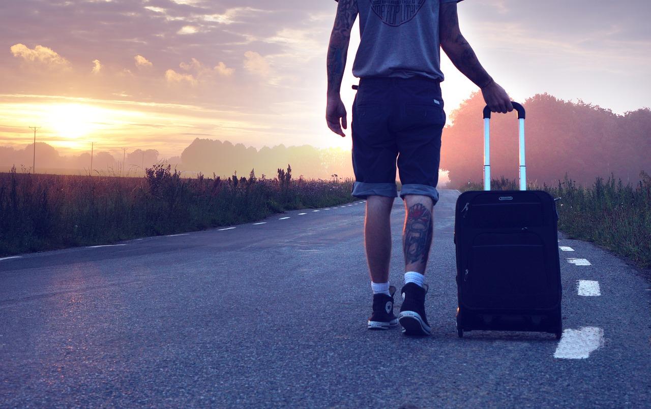 utazó bőrönd utazás séta
