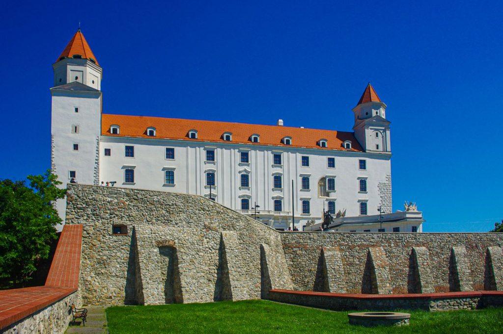 Pozsonyi vár palotájának látképe
