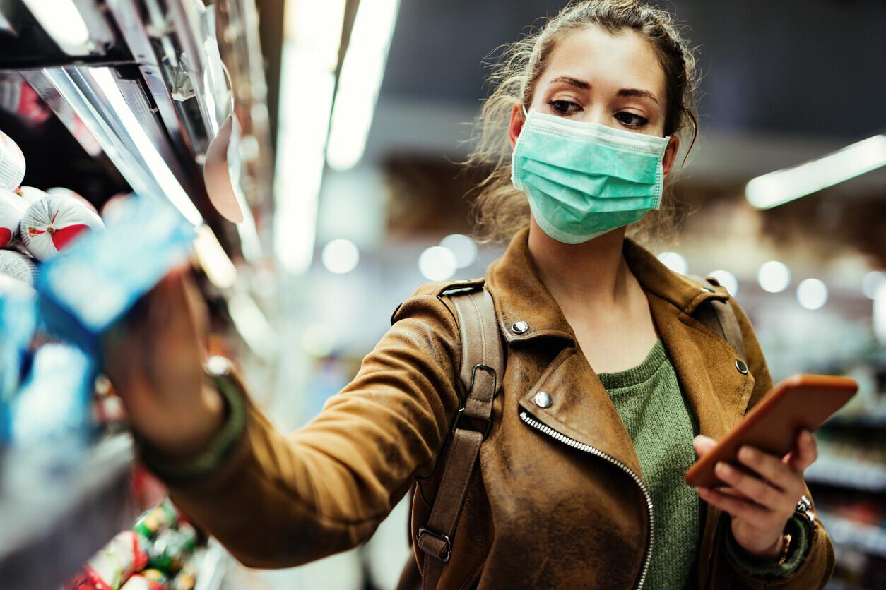 élelmiszer-bolt-vásárlás-maszk