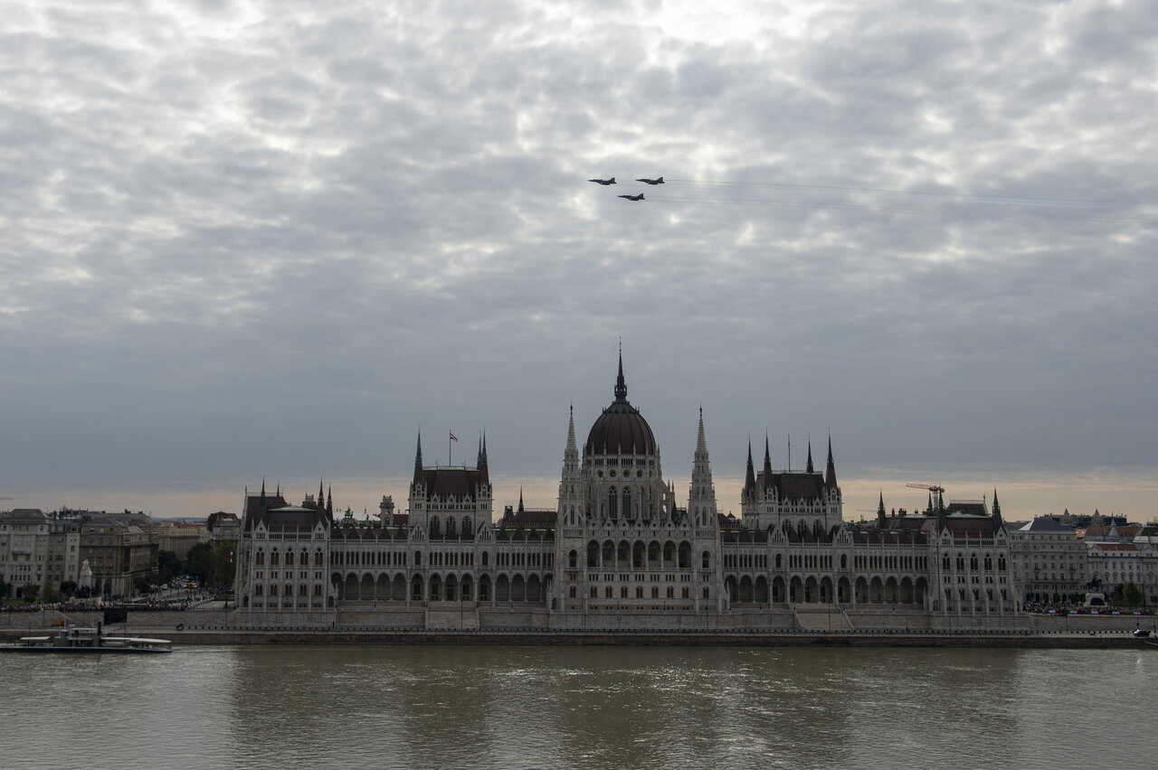 Légi parádé Budapesten