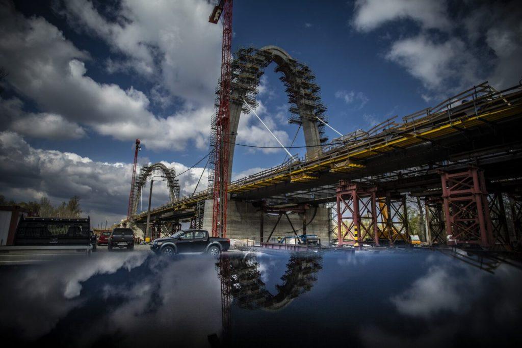 Tiszaug, Tisza-híd