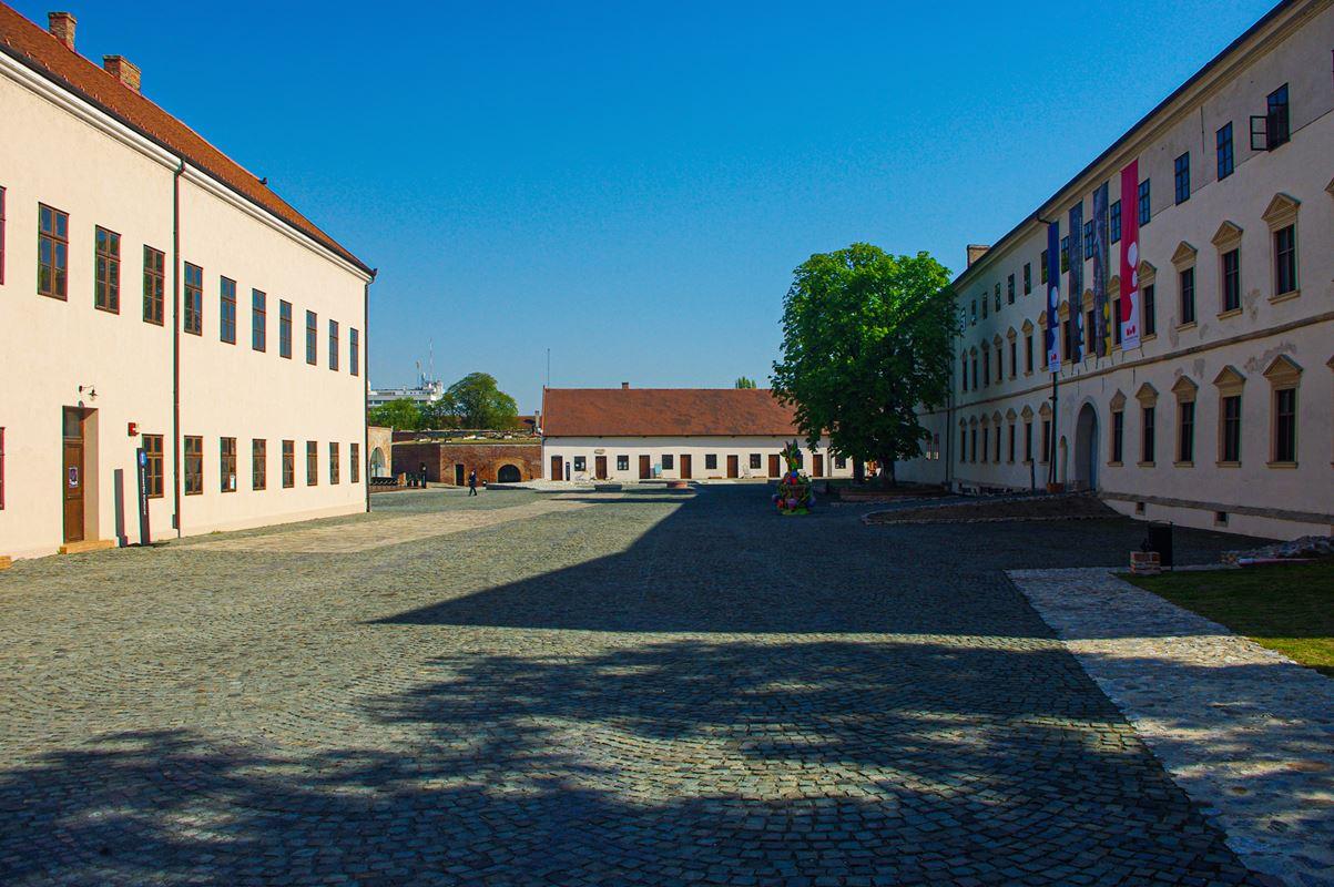 A belső vár kapuja, Nagyvárad