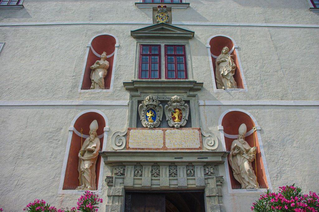 A fraknói vár belső kapuja