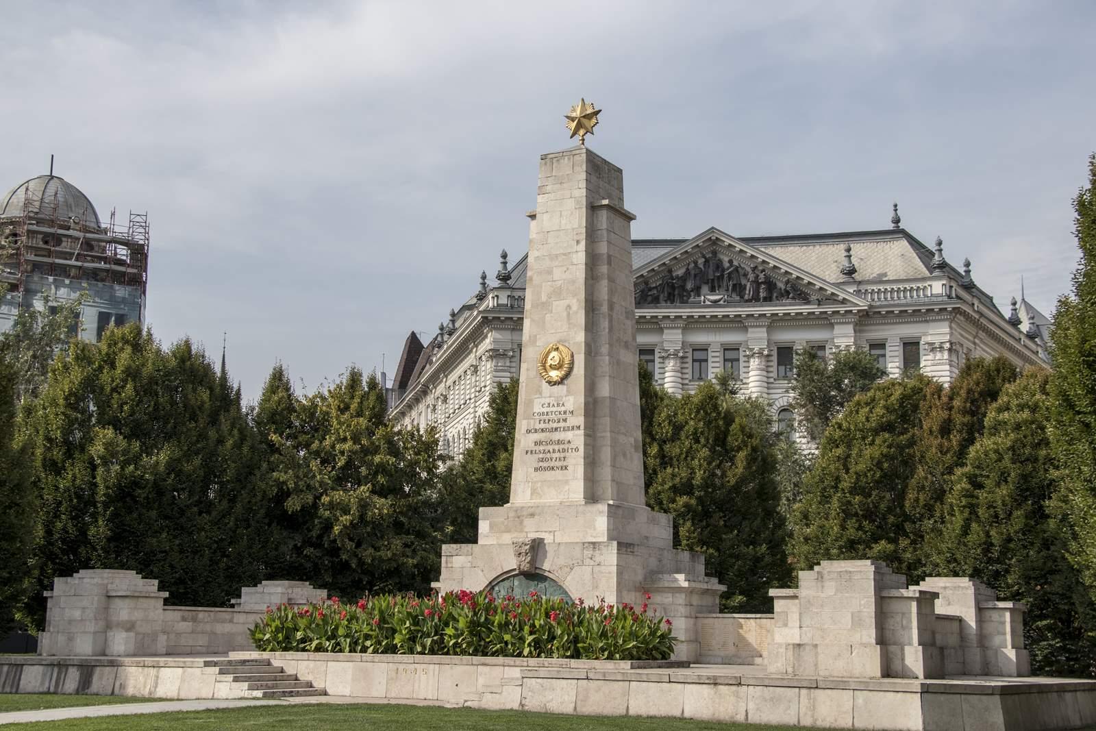 Szovjet emlékmű a Szabadság téren, Budapest