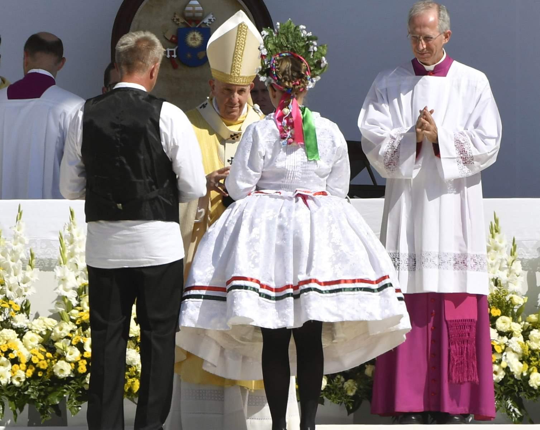 zárómise ferenc pápa